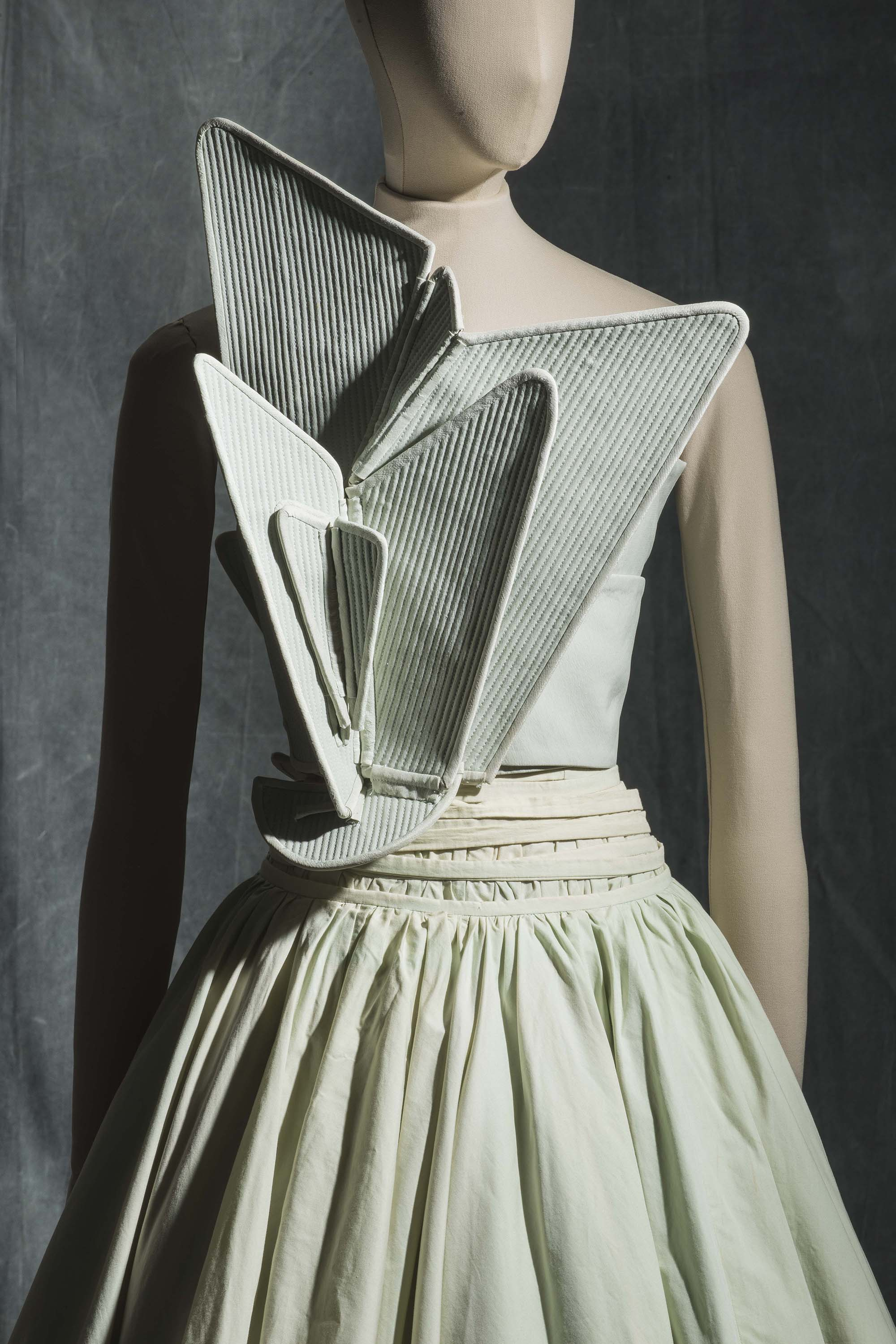 Hussein Chalayan, dress, spring-summer 2000. Source: Les Arts Décoratifs, Jean Tholance