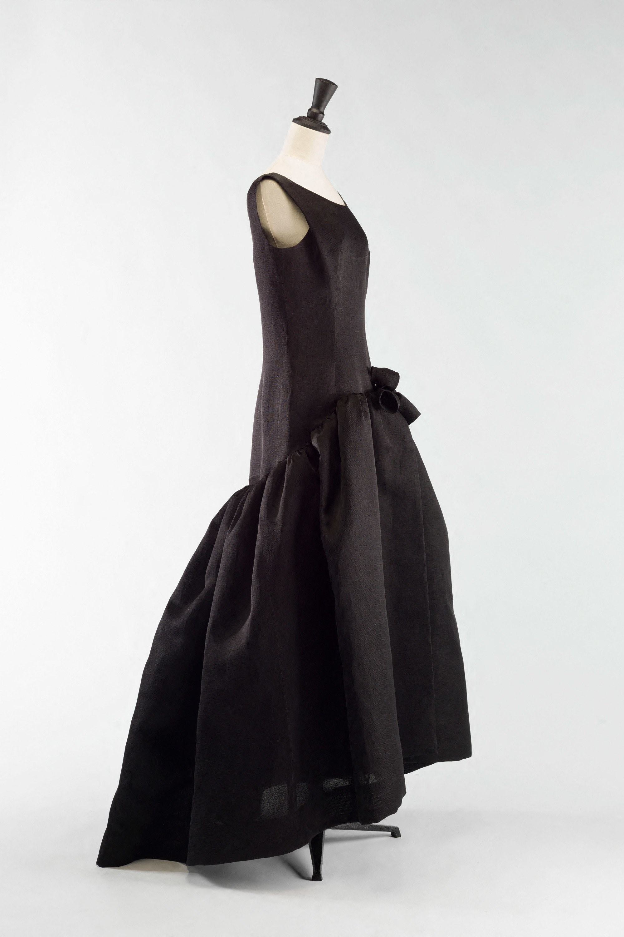 Balenciaga gazar dress, 1963