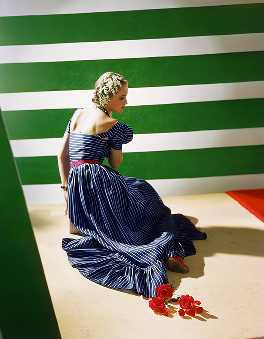 8._Dress_by_Hattie_Carnegie_1939__Conde_Nast_Horst_Estate